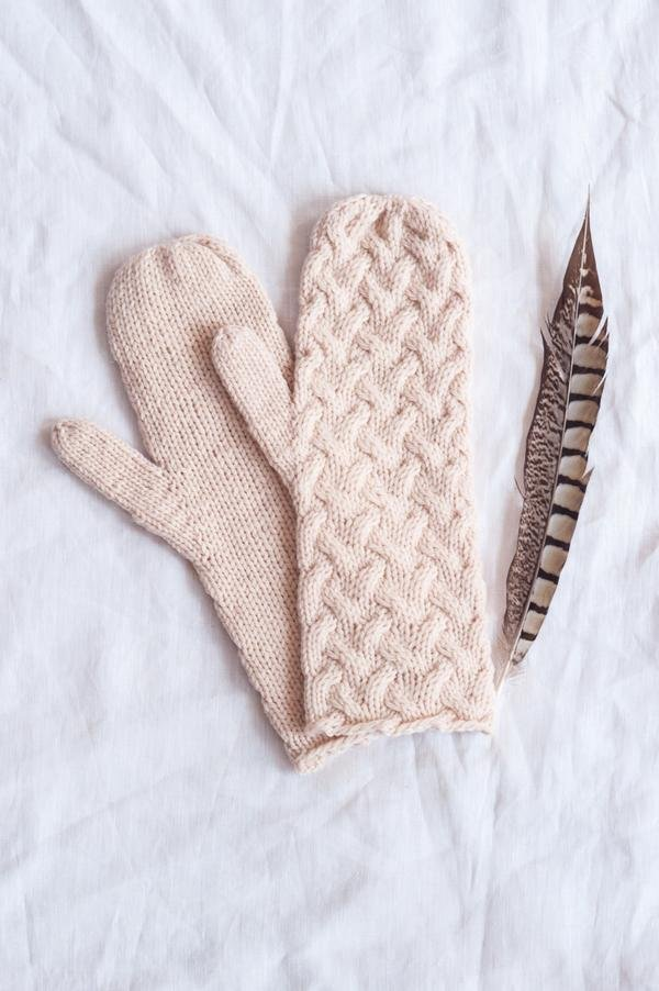 Dune Mittens by Quince & Co.