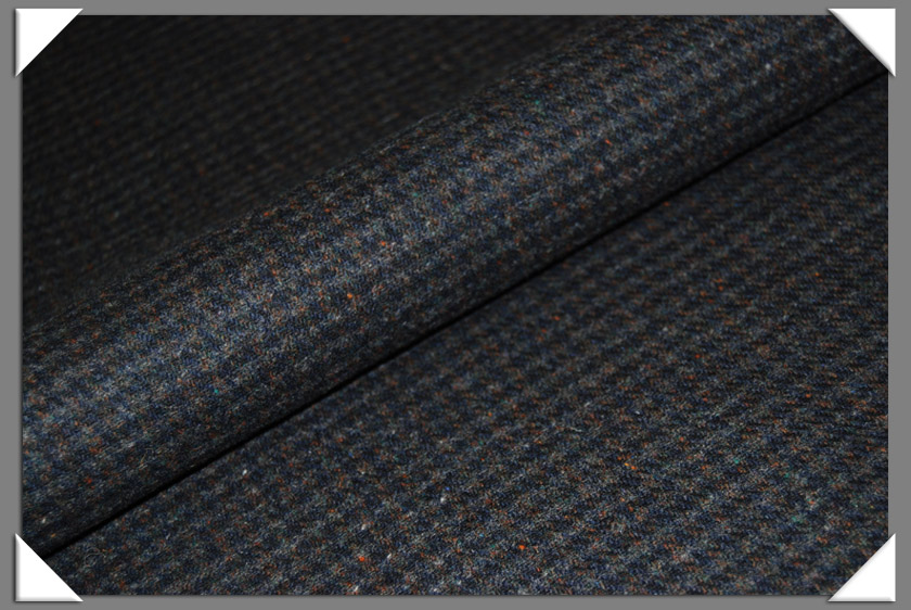100% wool Gray and Navy Houndstooth Check