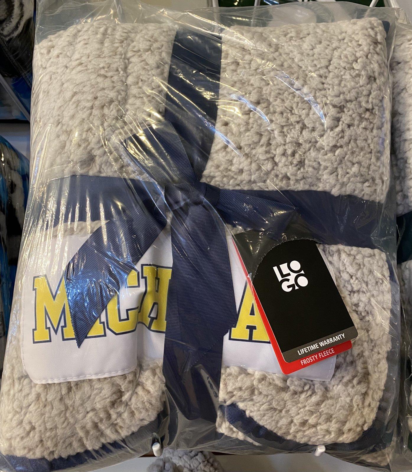 U of M Wolverines Frosty Freeze Blanket