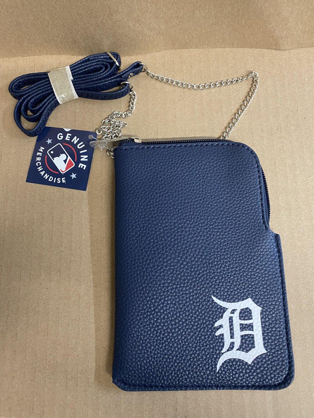 Detroit Tigers Pebble Chain Purse
