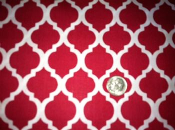 Fabric Finders Quatrefoil Red