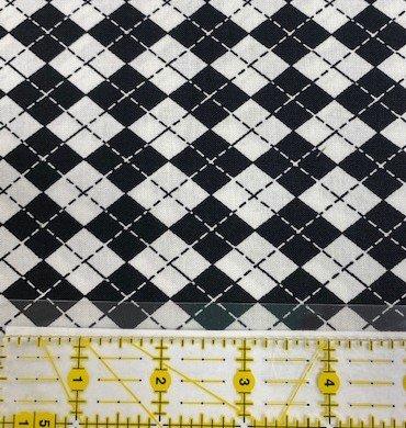 Marcus Fabrics Black & White Argyle Plaid