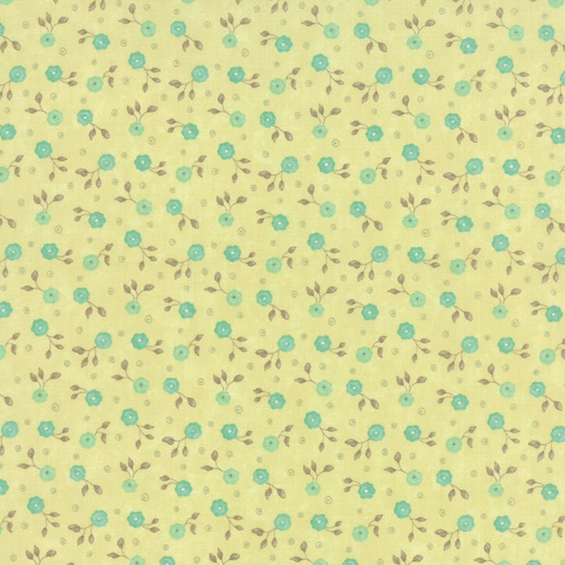 MODA REFRESH LINE COLOR : 17866-14 GREEN AND BLUE SMALL FLOWERS