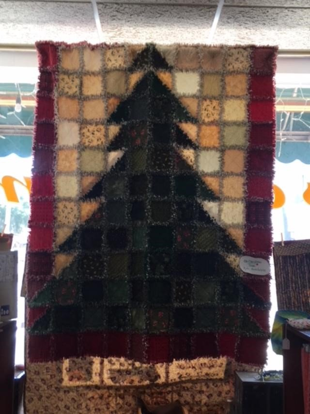 Christmas Tree Rag Quilt Kit
