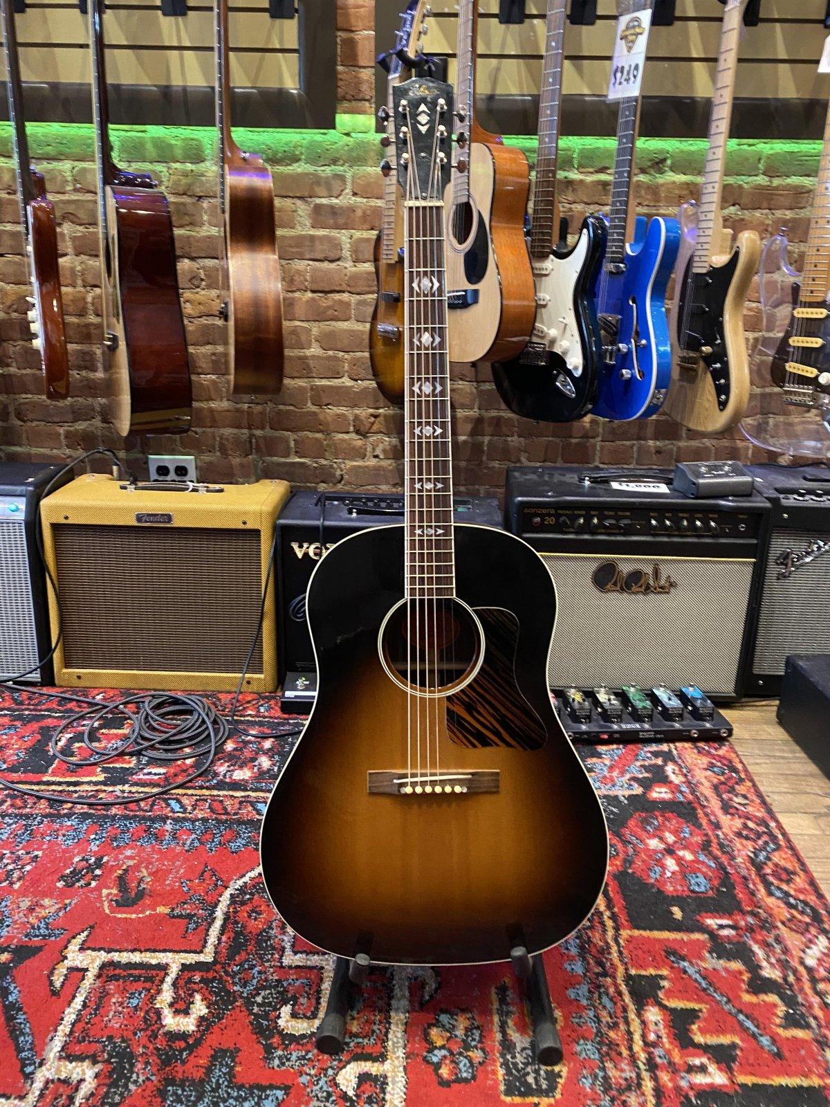 Gibson AJ Advanced Jumbo Sunburst