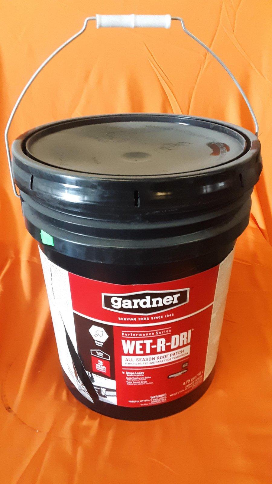 Wet-R-Dri Cement - 5 Gallon