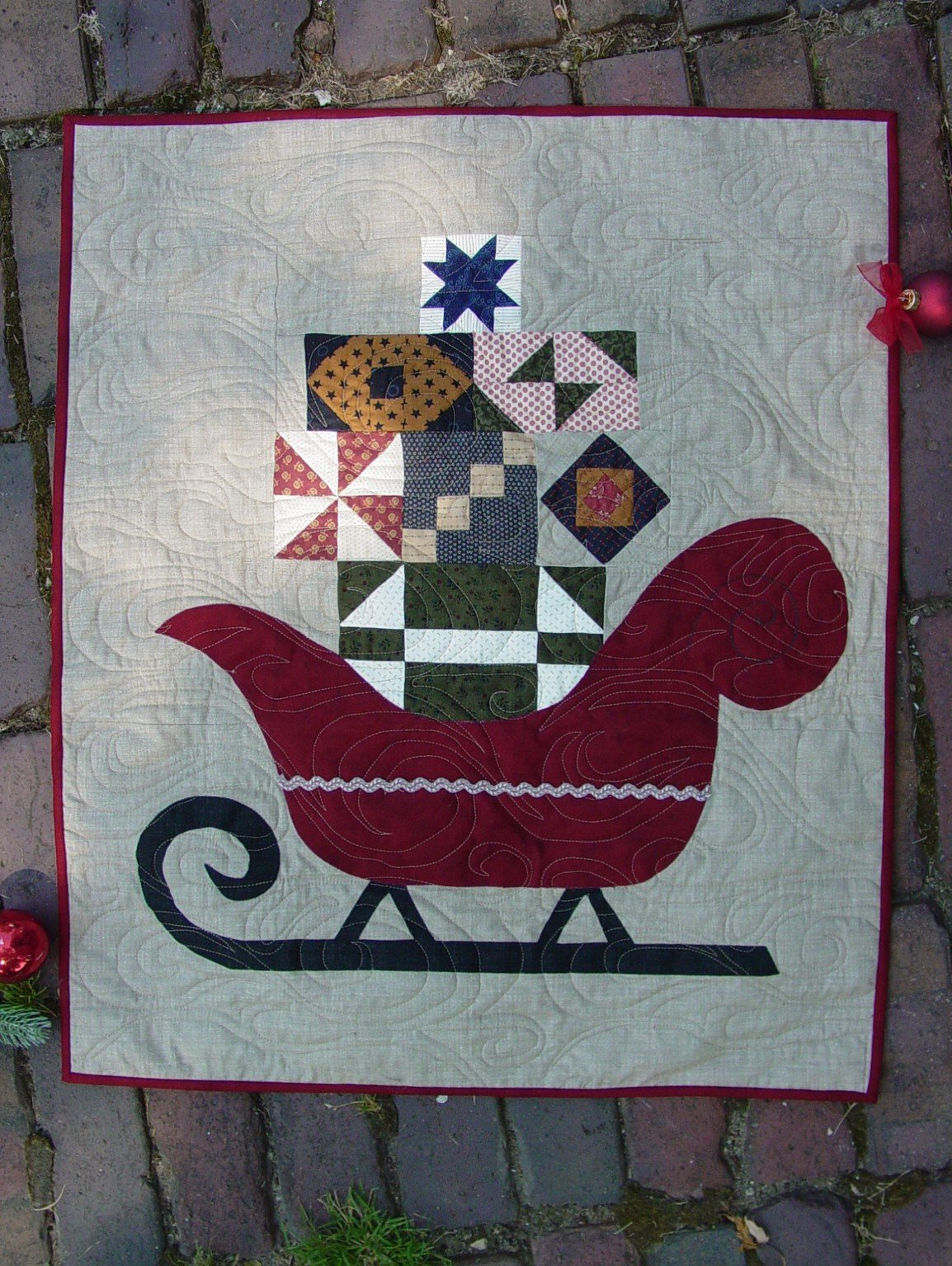Christmas Holiday Sleigh Quilt Pattern by Cottage Rose Quilt Shop