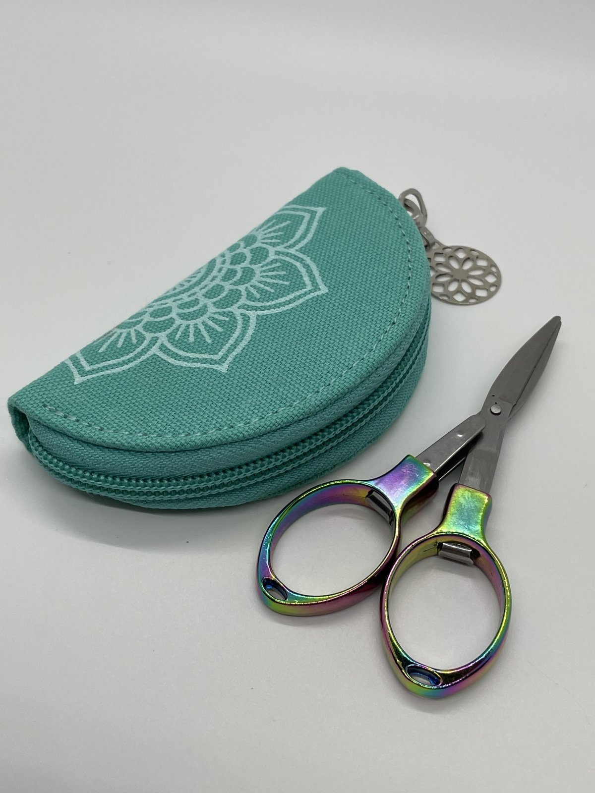 Mindful Folding Scissors