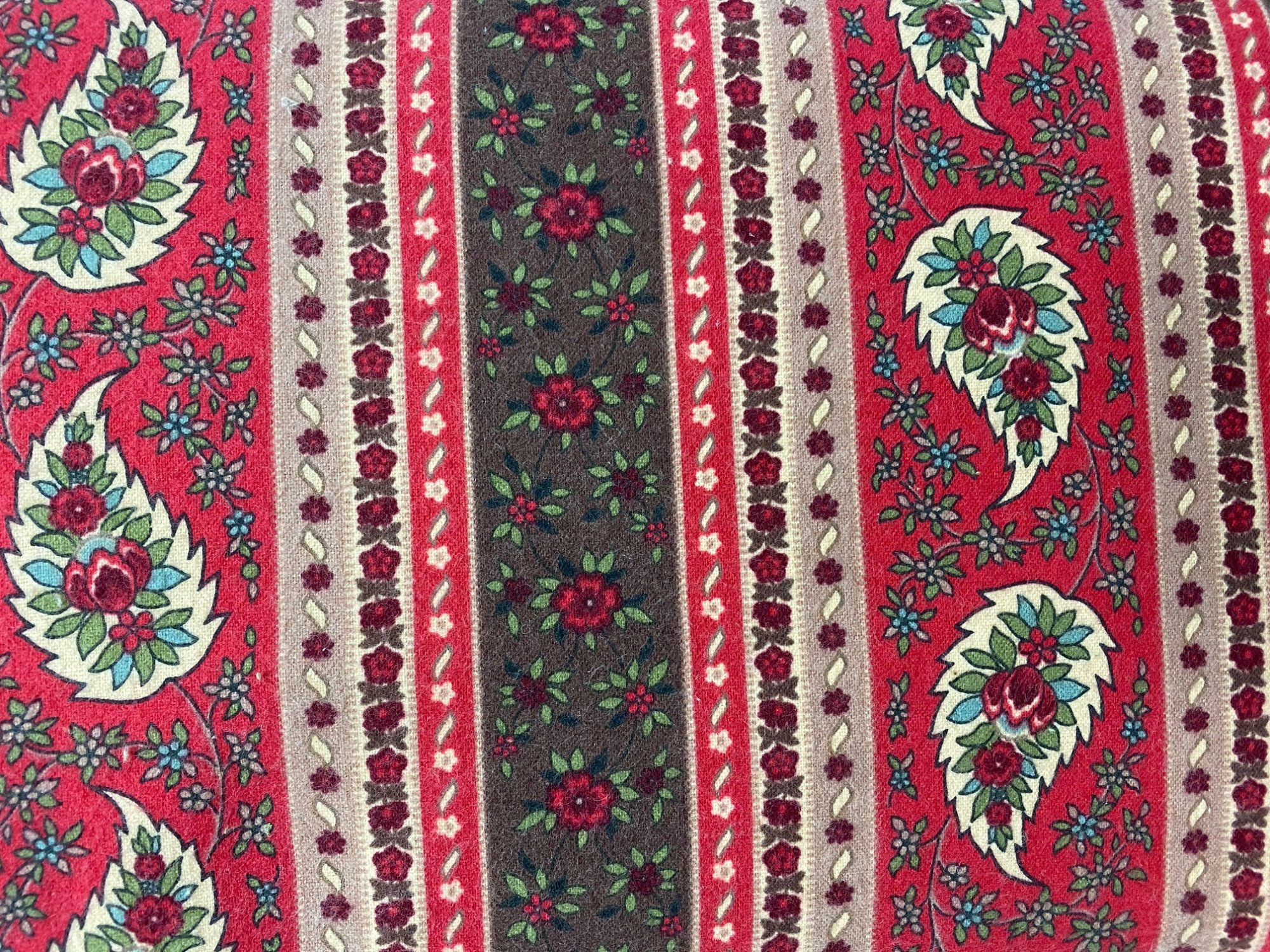 Marcus Flannel red floral