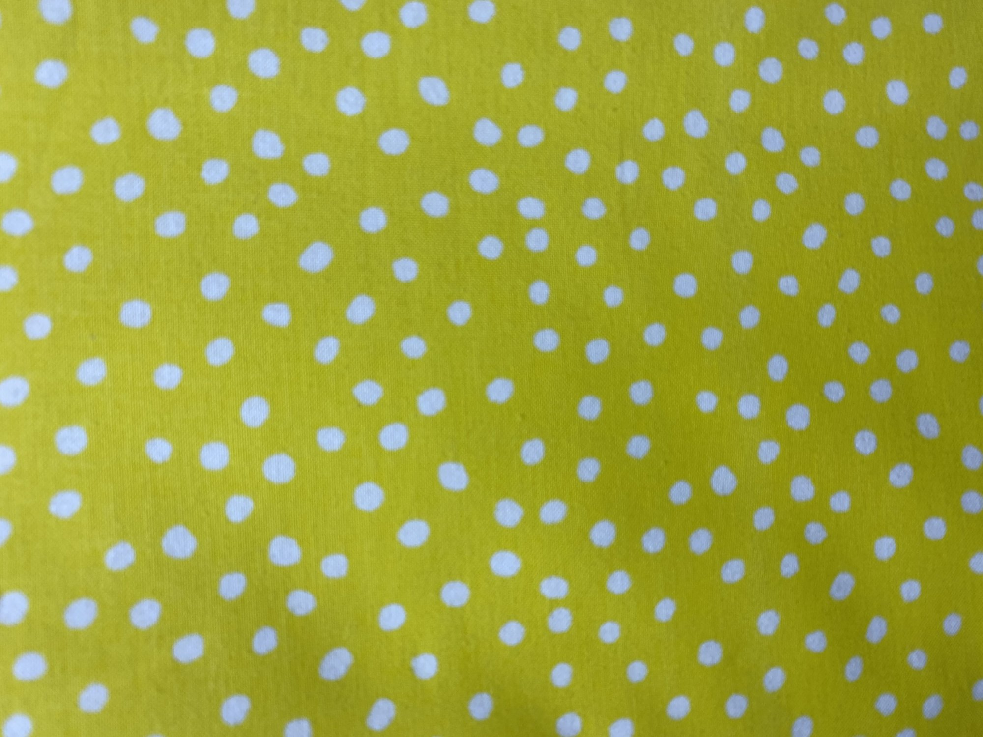 Lots of Dots 29078 09 White on Yellow