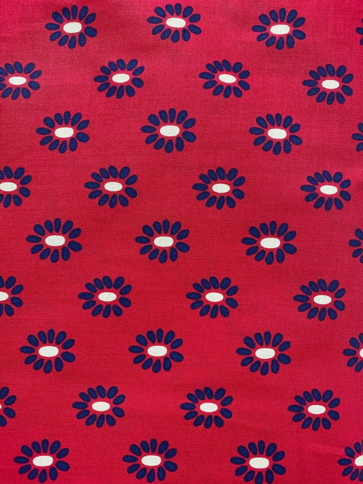 Andover 7636 Red/Blue Daisy