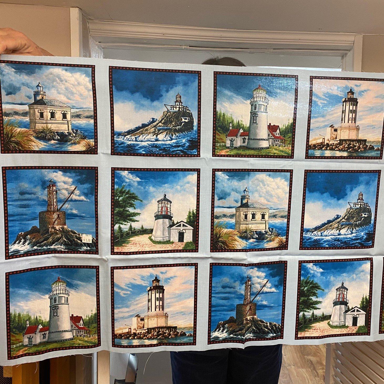Elizabeth Studio Light houses panel