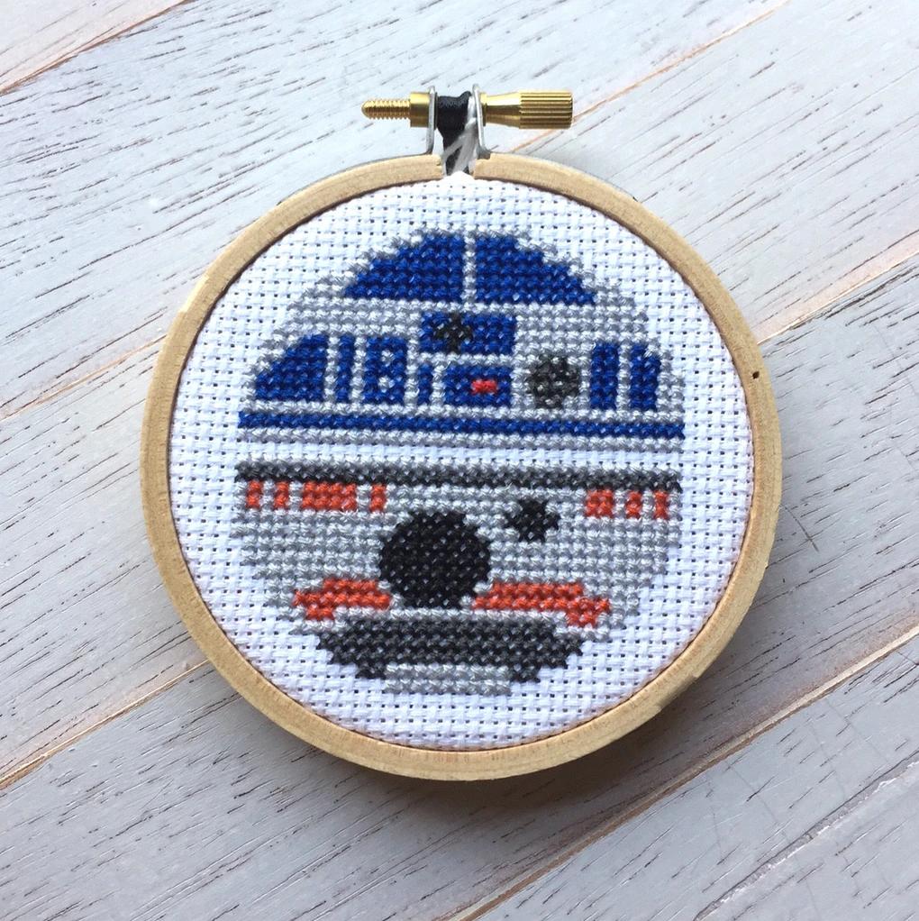 R2D2BB8 Cross Stitch Kit