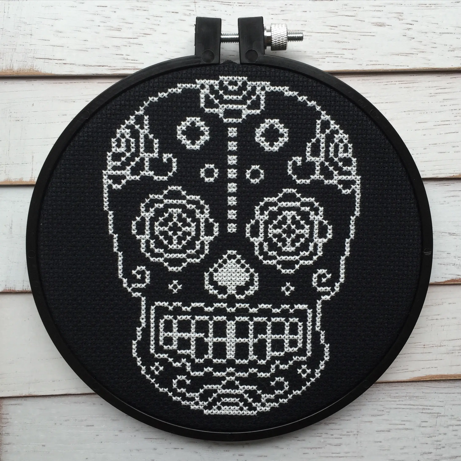 Blk & Wht Sugar Skull Stitch Kit