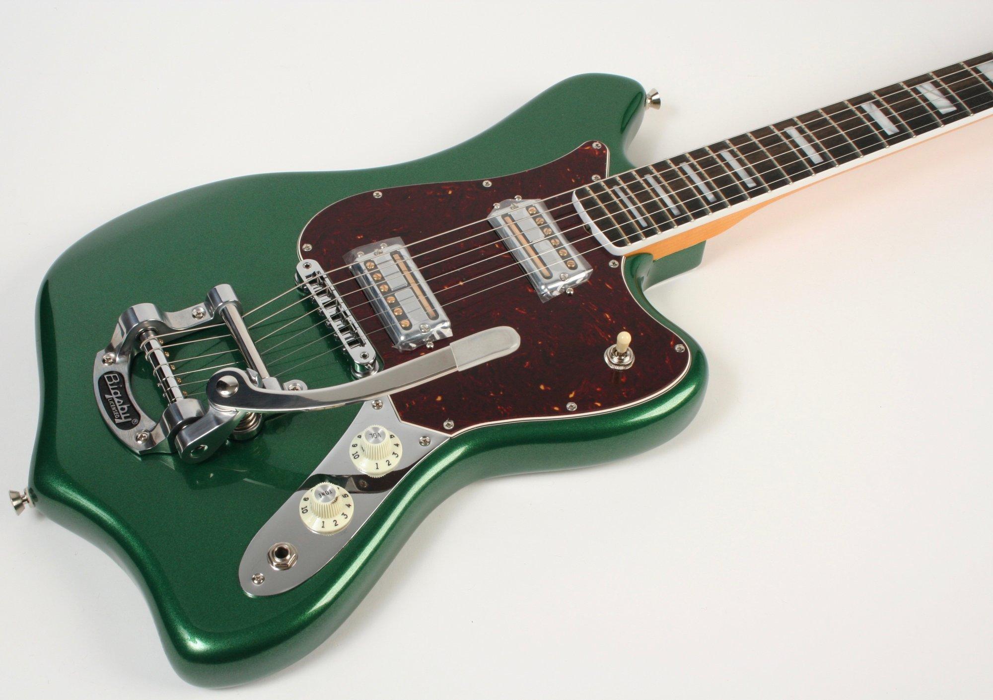 Fender Parallel Univers 2 Maverick Mystic Pine Green
