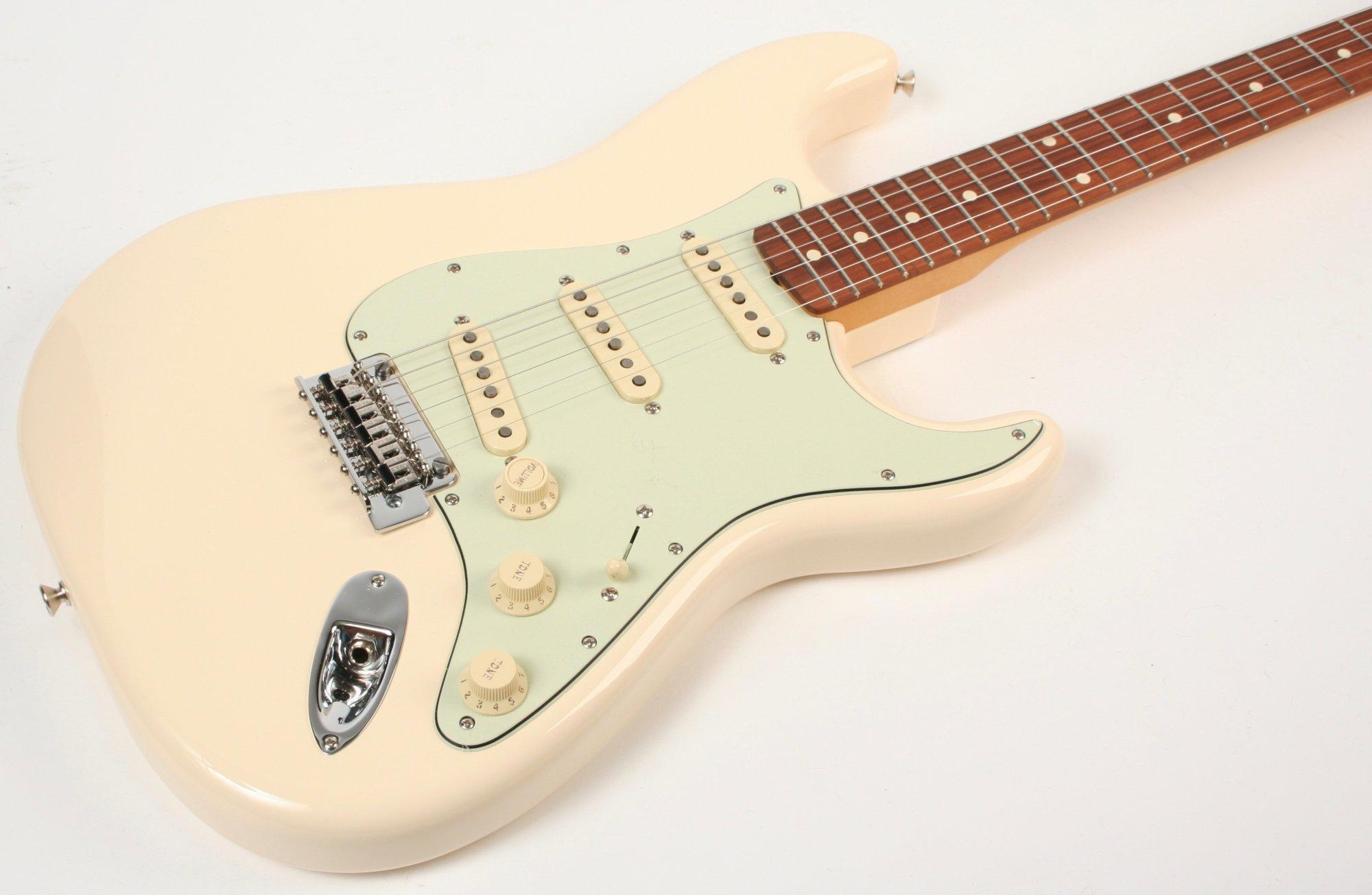 Fender Vintera 60s Stratocaster MOD PF Olympic White