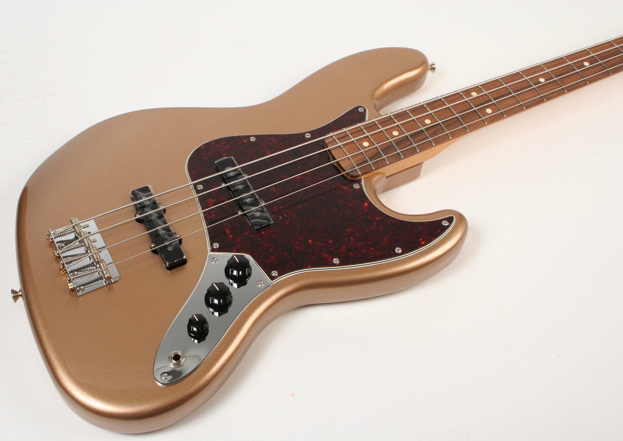 Fender Vintera 60s Jazz Bass Pau Ferro Firemist Gold