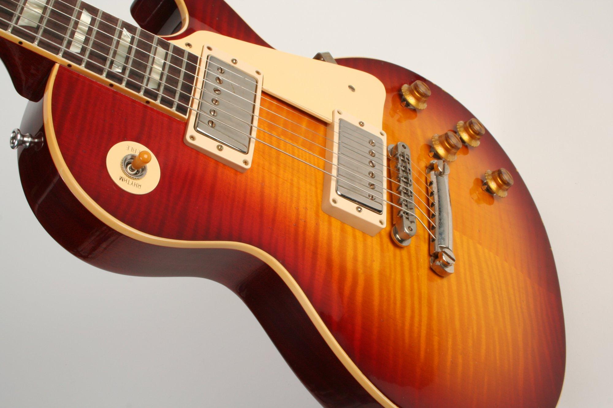 Gibson Custom Shop 1959 Les Paul Standard Cherry Tea Burst Light Aged Murphy Lab