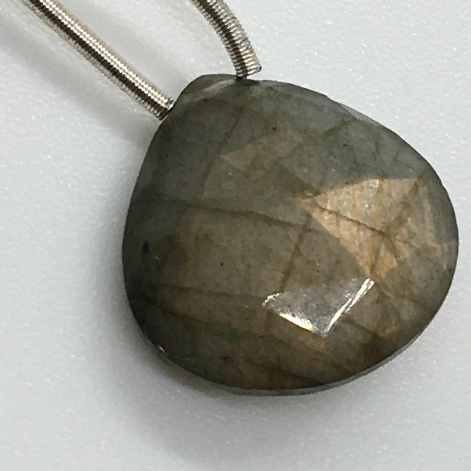 Labradorite faceted brio pendant approx 12gm