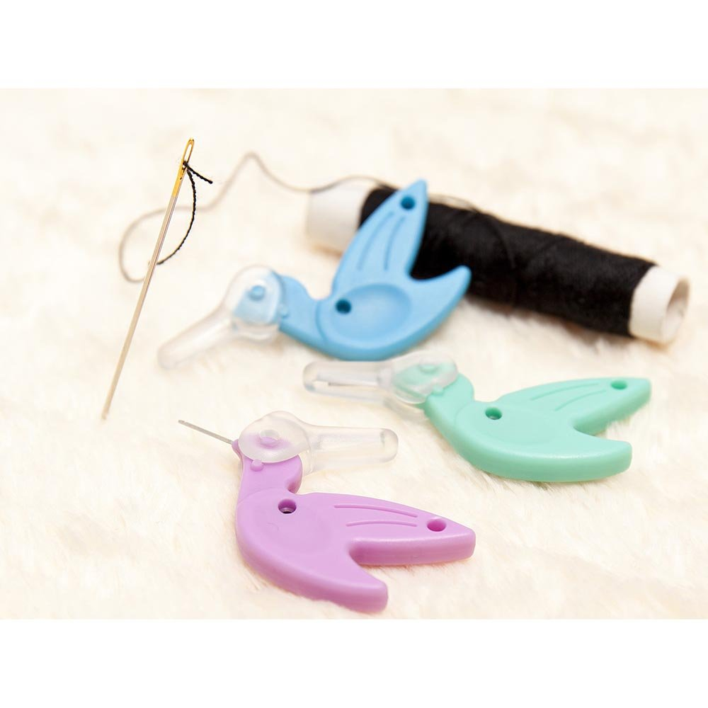 SEW TASTY Hummingbird Needle Threader Display - 36 pcs