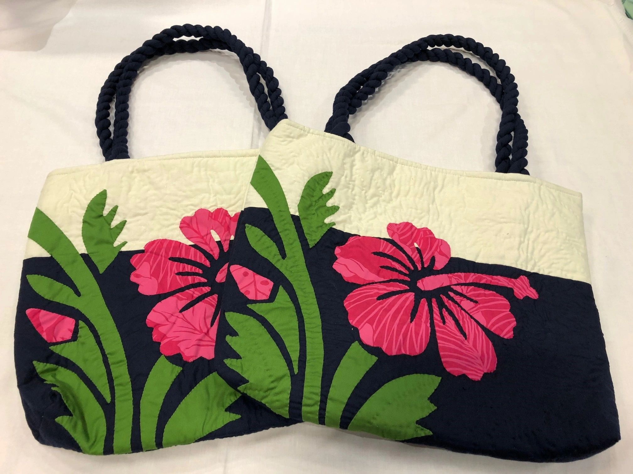 Hawaiian Quilted Bag Hibiscus