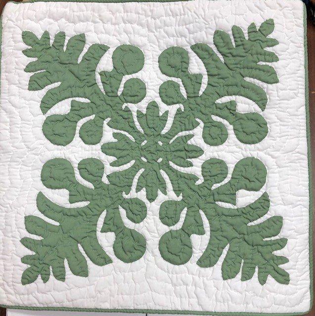 18 x 18 Hawaiian Quilt Pillow Cover Double Ulu Seafoam Green