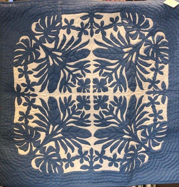 42 X 42 Hawaiian Hand Quilt Tropical Flowers Blue
