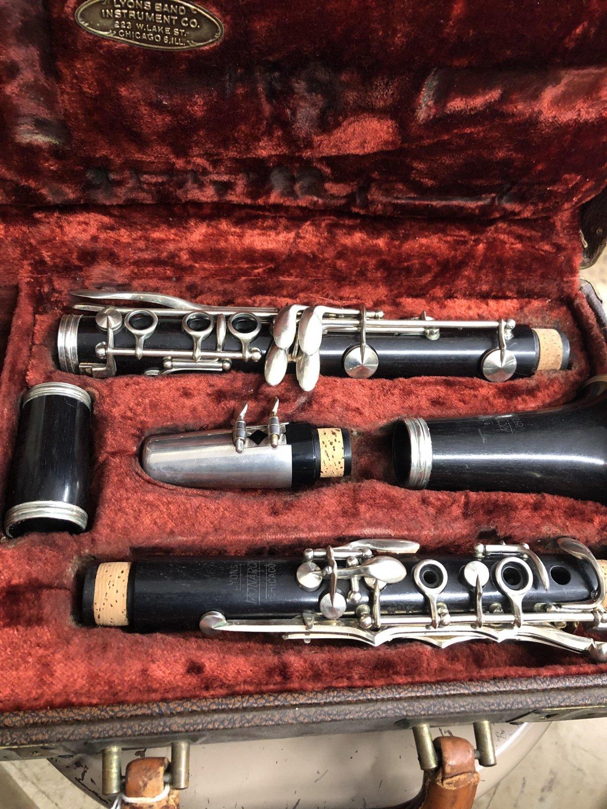 Lyons Monarch Clarinet (used)