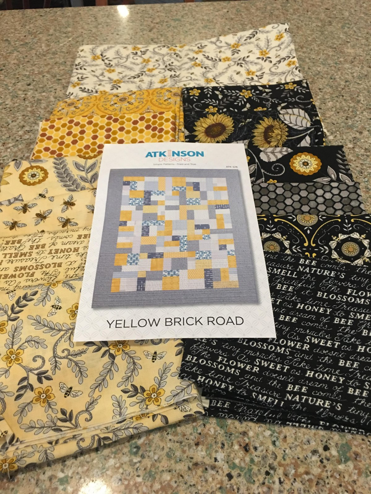 Bee Grateful Yellow Brock Road Kit