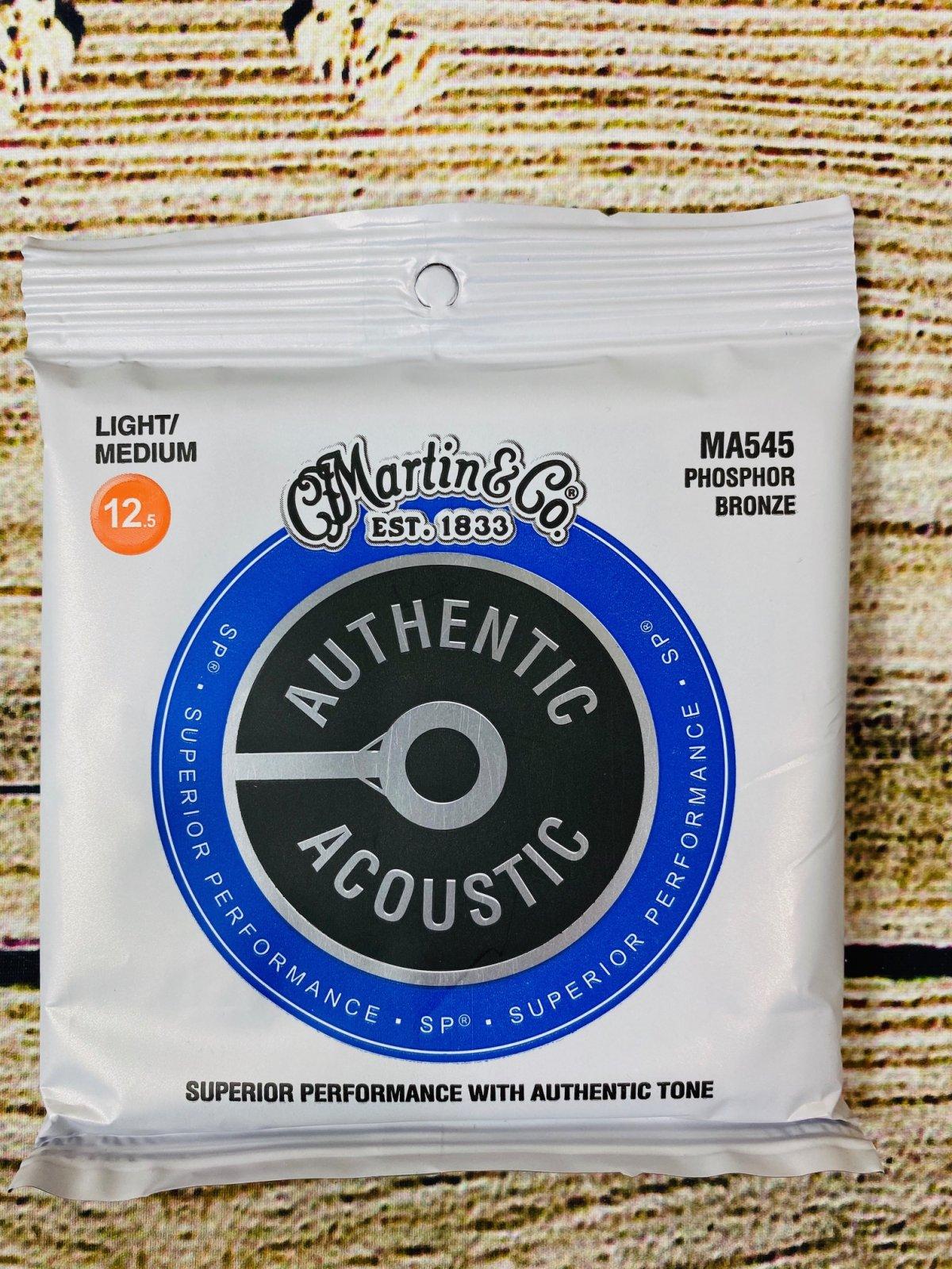 Martin Authentic Acoustic Superior Performance Guitar Strings .0125-.055 Light/Medium