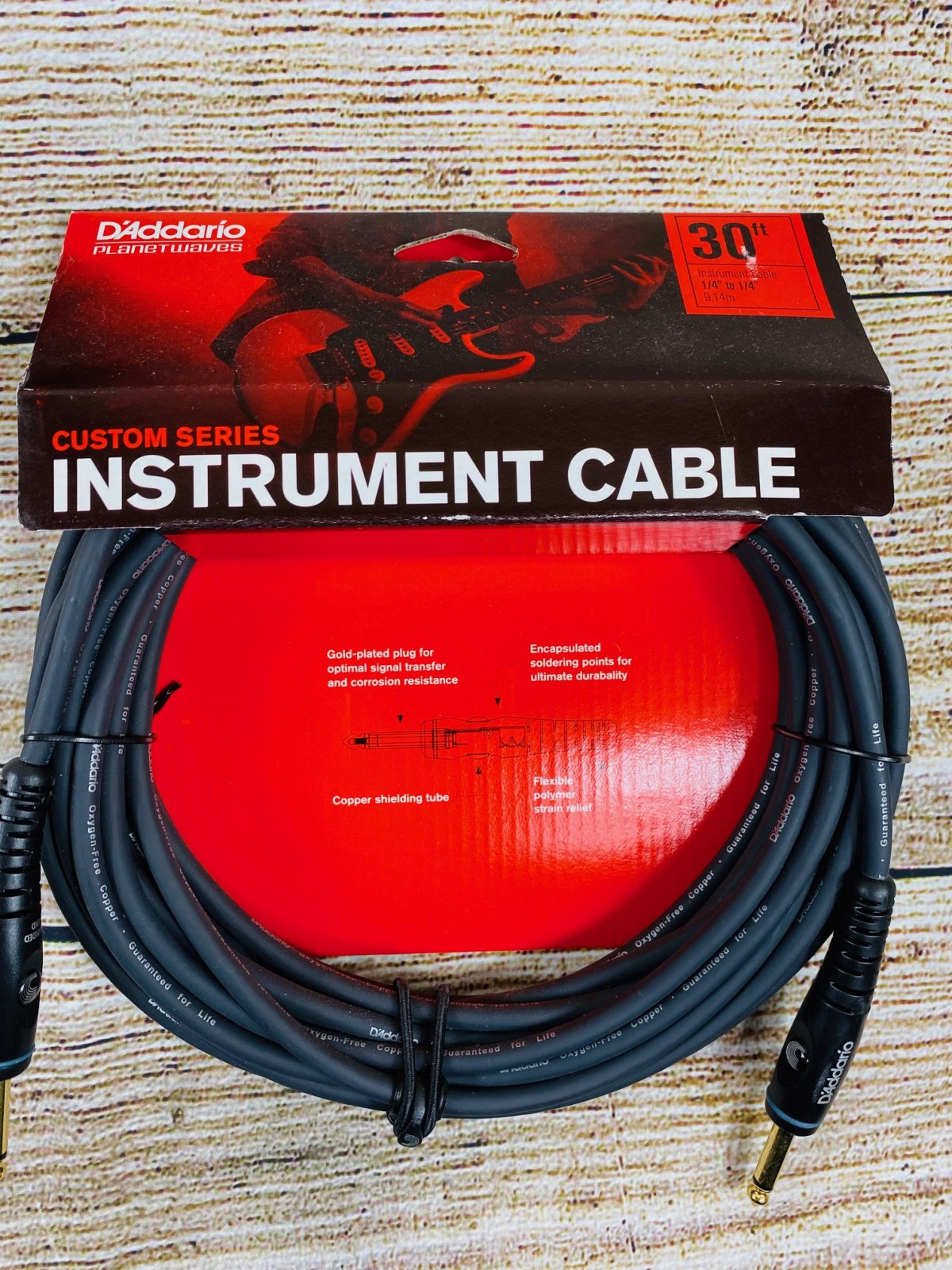 D'Addario PW-G-30 Custom Series Straight to Straight Instrument Cable - 30 foot