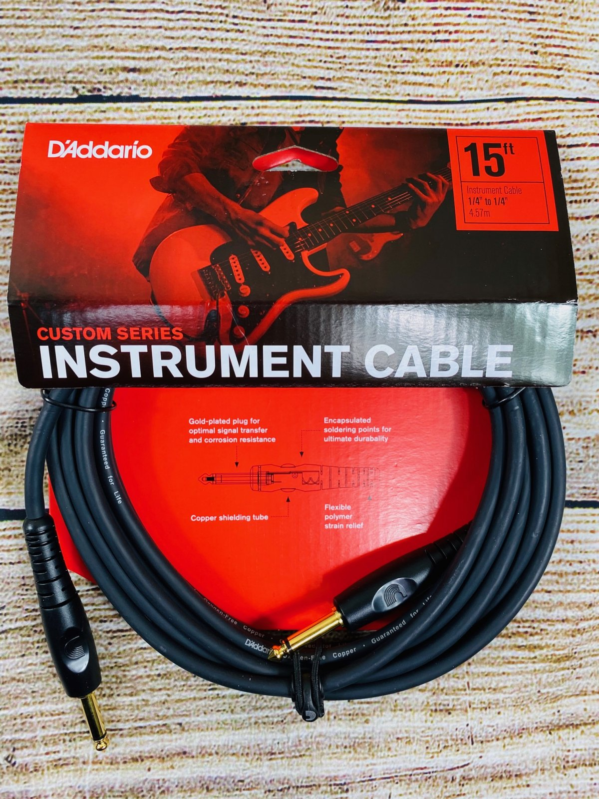 D'Addario PW-G-15 Custom Series Straight to Straight Instrument Cable - 15 foot