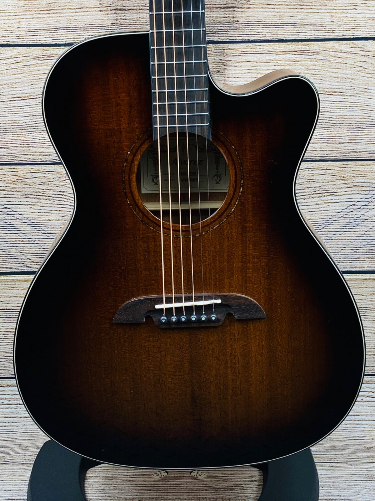 Alvarez AF66CESHB Folk Acoustic-Electric Guitar Shadow Burst