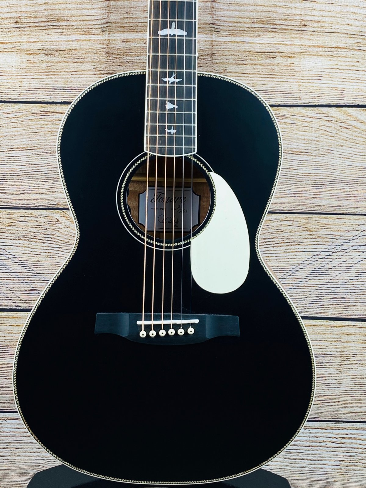 PRS SE Parlor P20E Acoustic-Electric - Black Satin Top