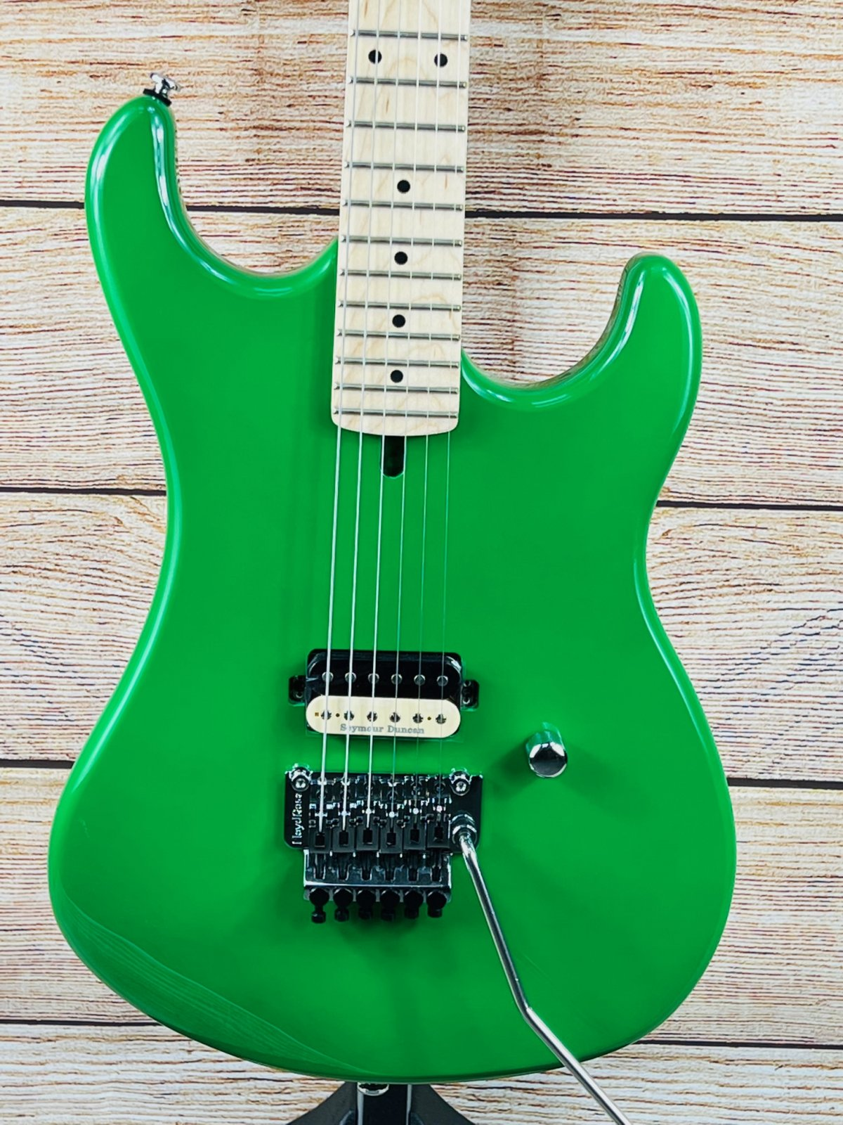 Kramer The 84 Electric Guitar - Green Soda