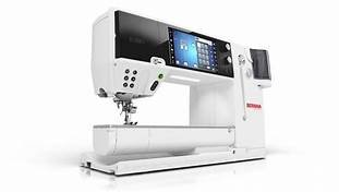 BERNINA Machine B880 PLUS Sewing Machine