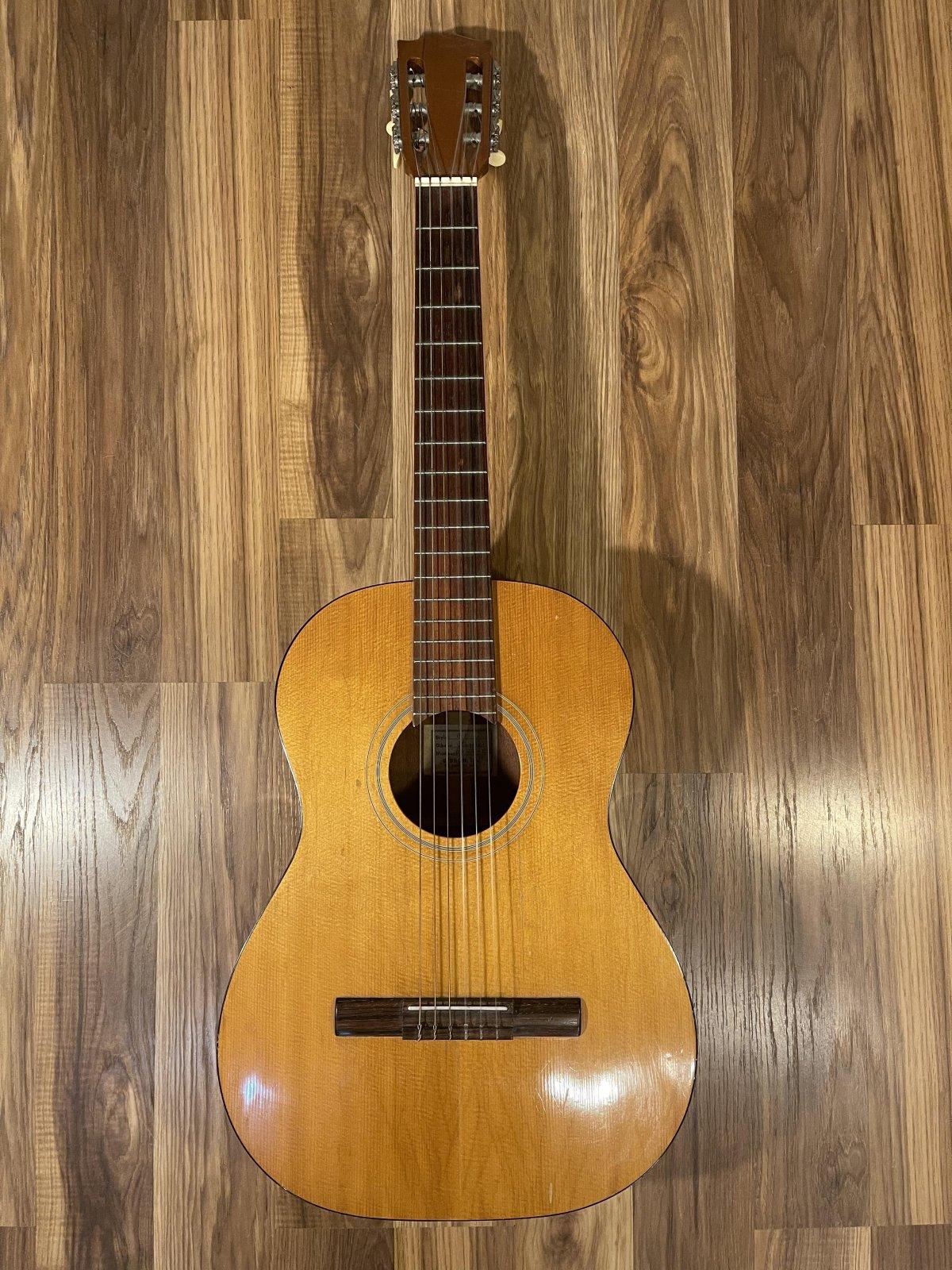 Gibson C-1 Classical Guitar