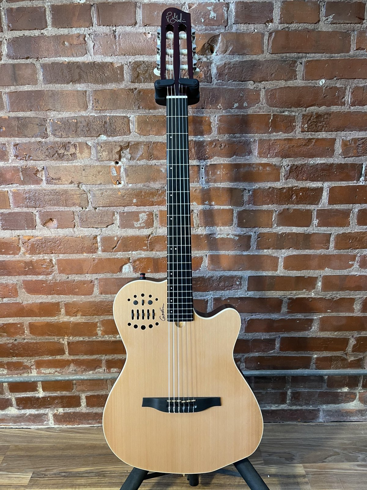 Godin ACS Slim Nylon String Guitar