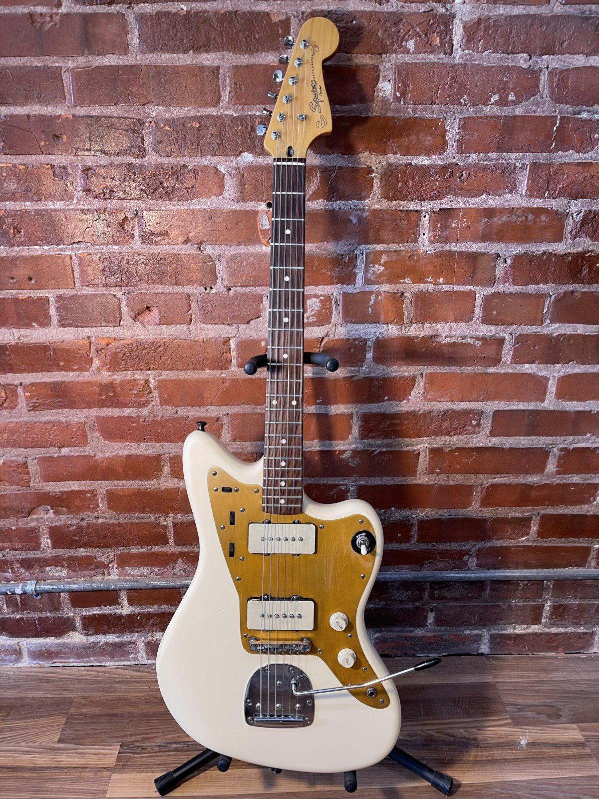 Squier J. Mascis Signature Jazzmaster Guitar