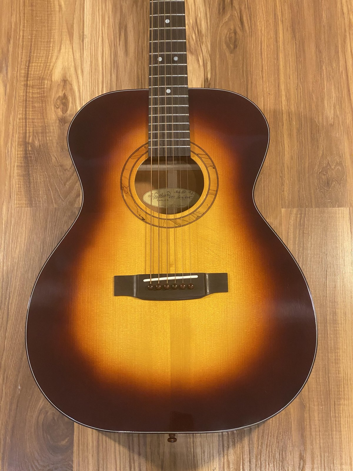 Hawthorn 000 Acoustic Guitar Sunburst Adirondack Spruce/Mahogany