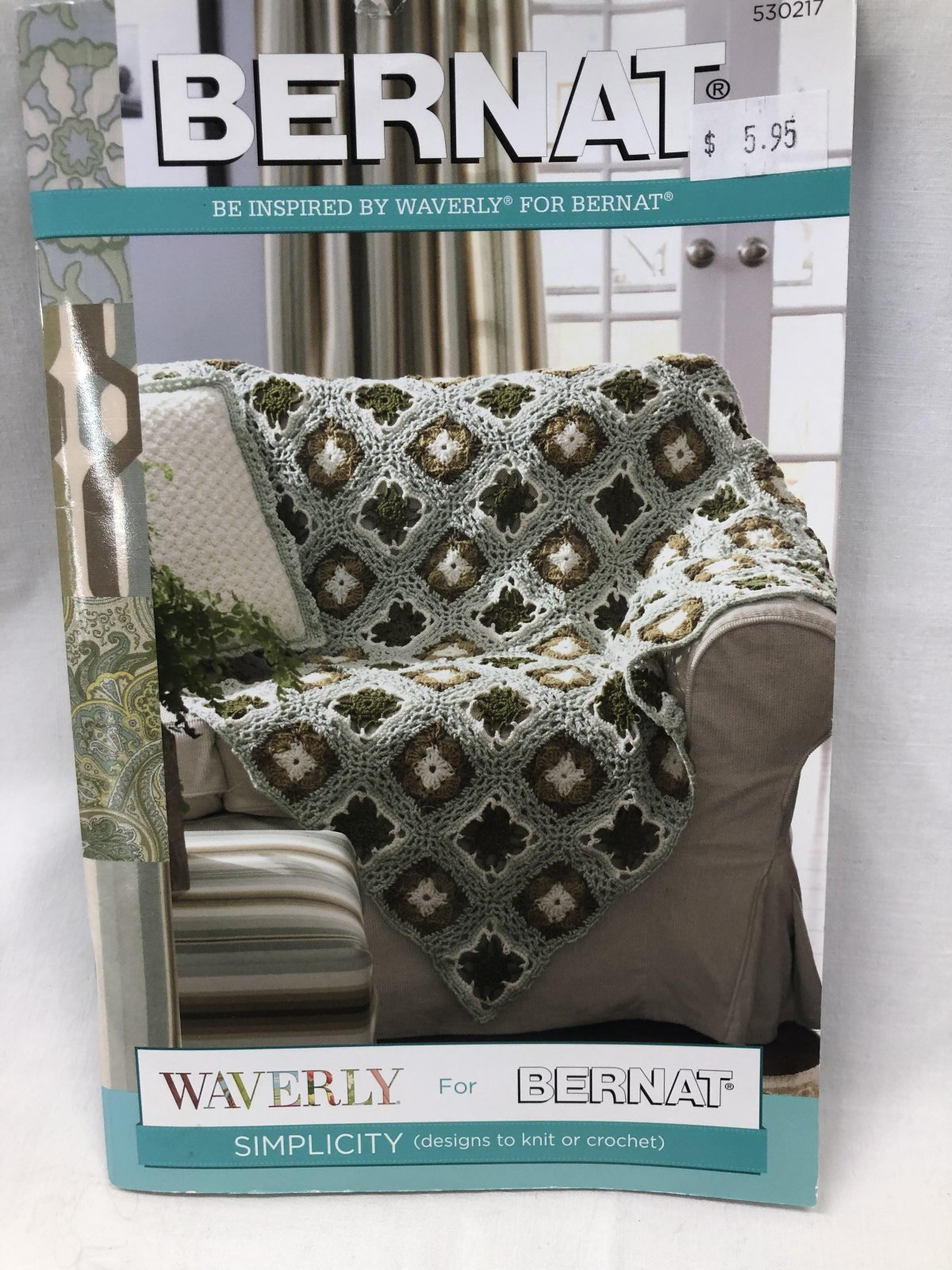 Bernat Simplicity (designs to knit or crochet)