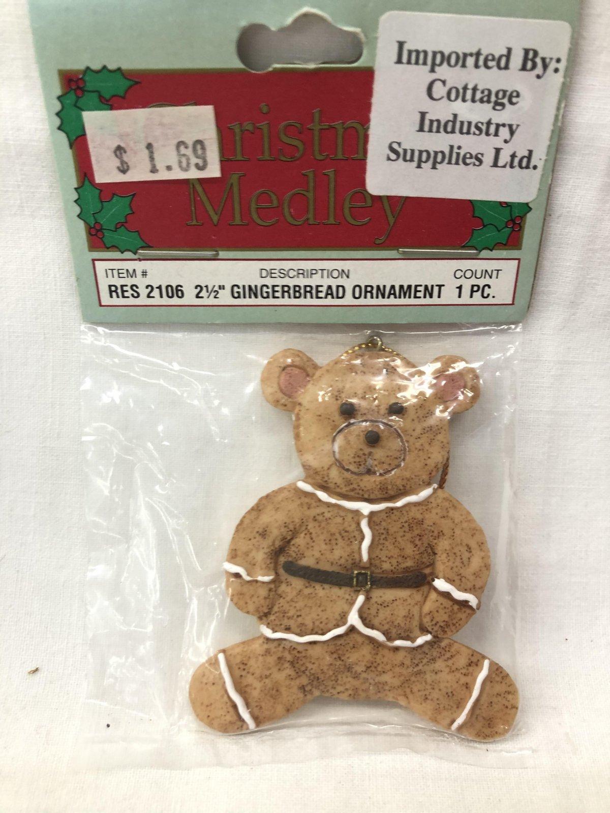 Christmas Medley Bear Gingerbread Ornament 717656130592