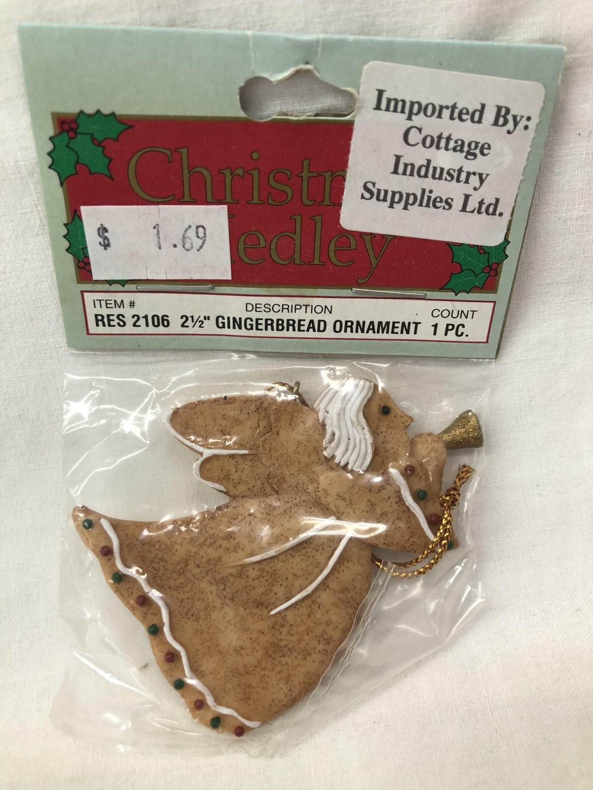 Christmas Medley Angel Gingerbread Ornament 717656130592