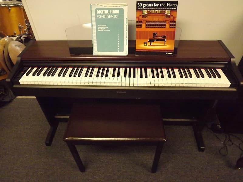 Yamaha YDP213 Yamaha Digital Piano with Bench