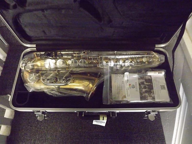 Jupiter CES-760 Capitol Edition Alto Sax Outfit