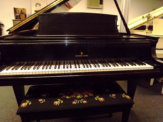 Steinway Baby Grand  Model L Piano Pre-owned 5' 3