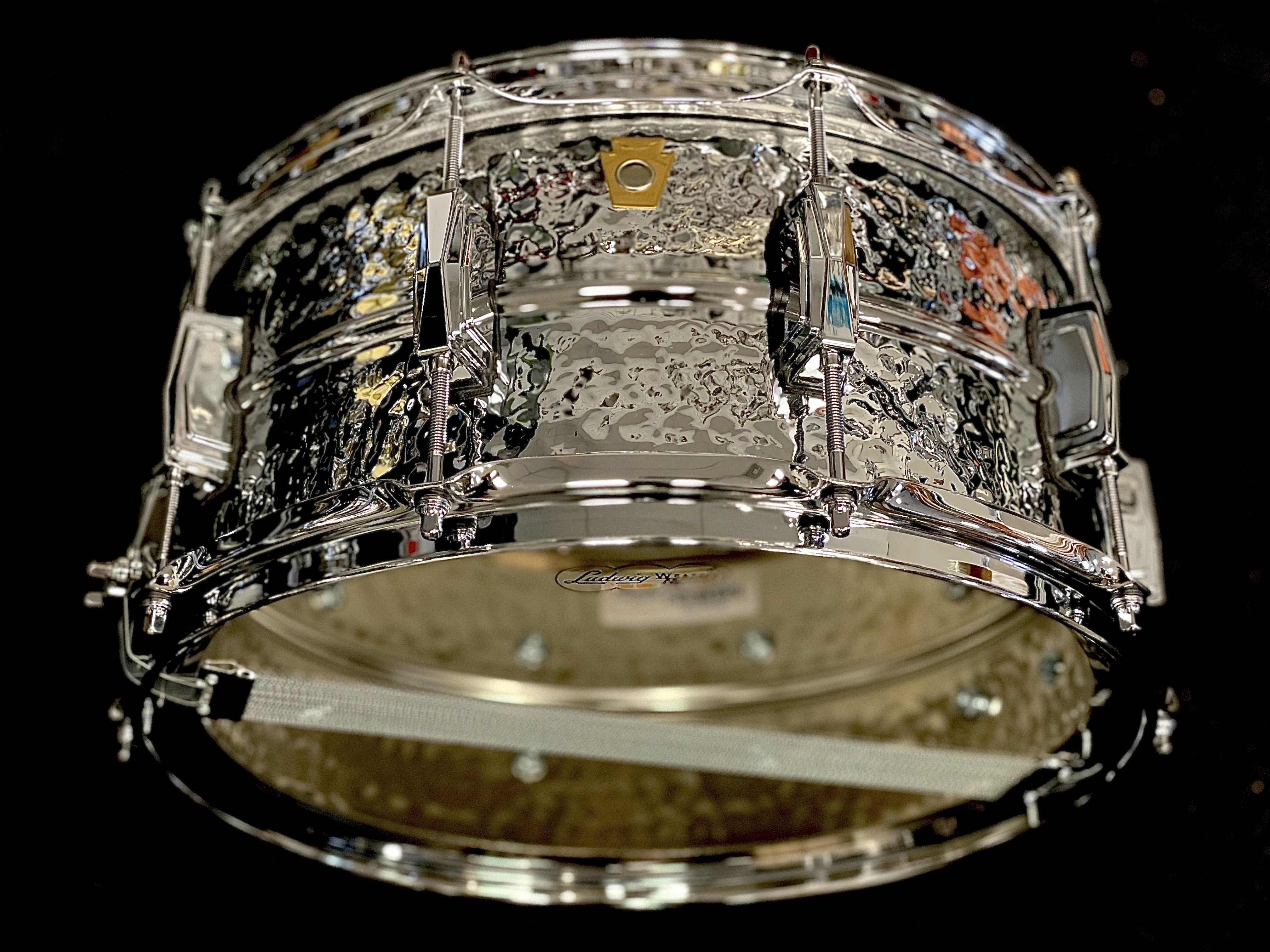 Ludwig LM402K Hammered Supraphonic 6.5x14 Aluminum Snare Drum
