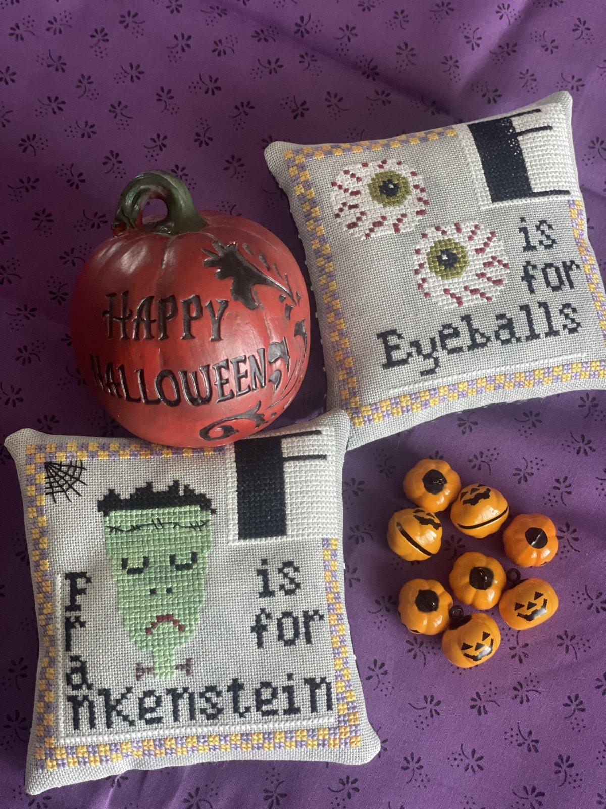 Halloween Alphabet E/F chart - Romy's Creations
