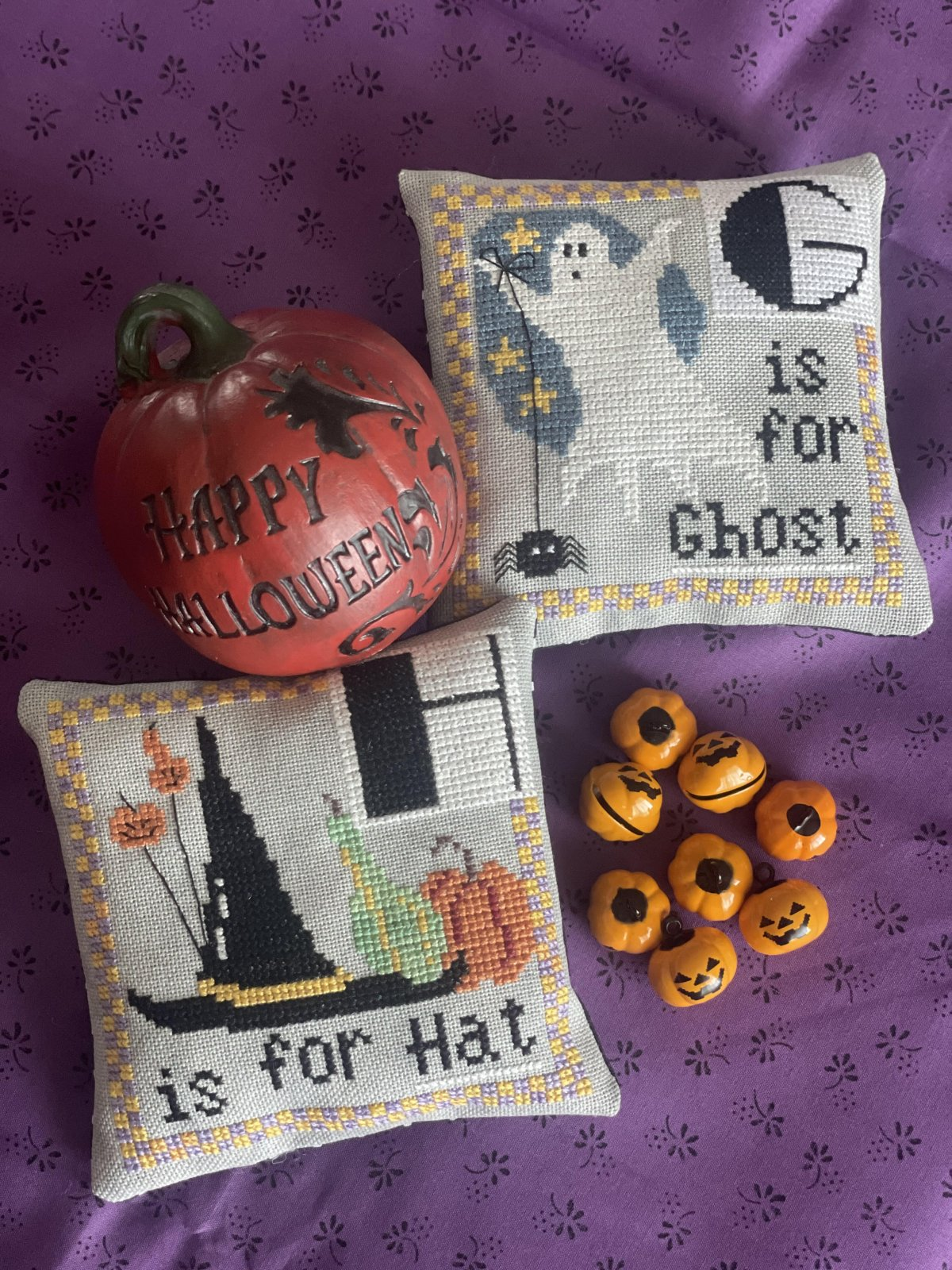 Halloween Alphabet G/H chart - Romy's Creations