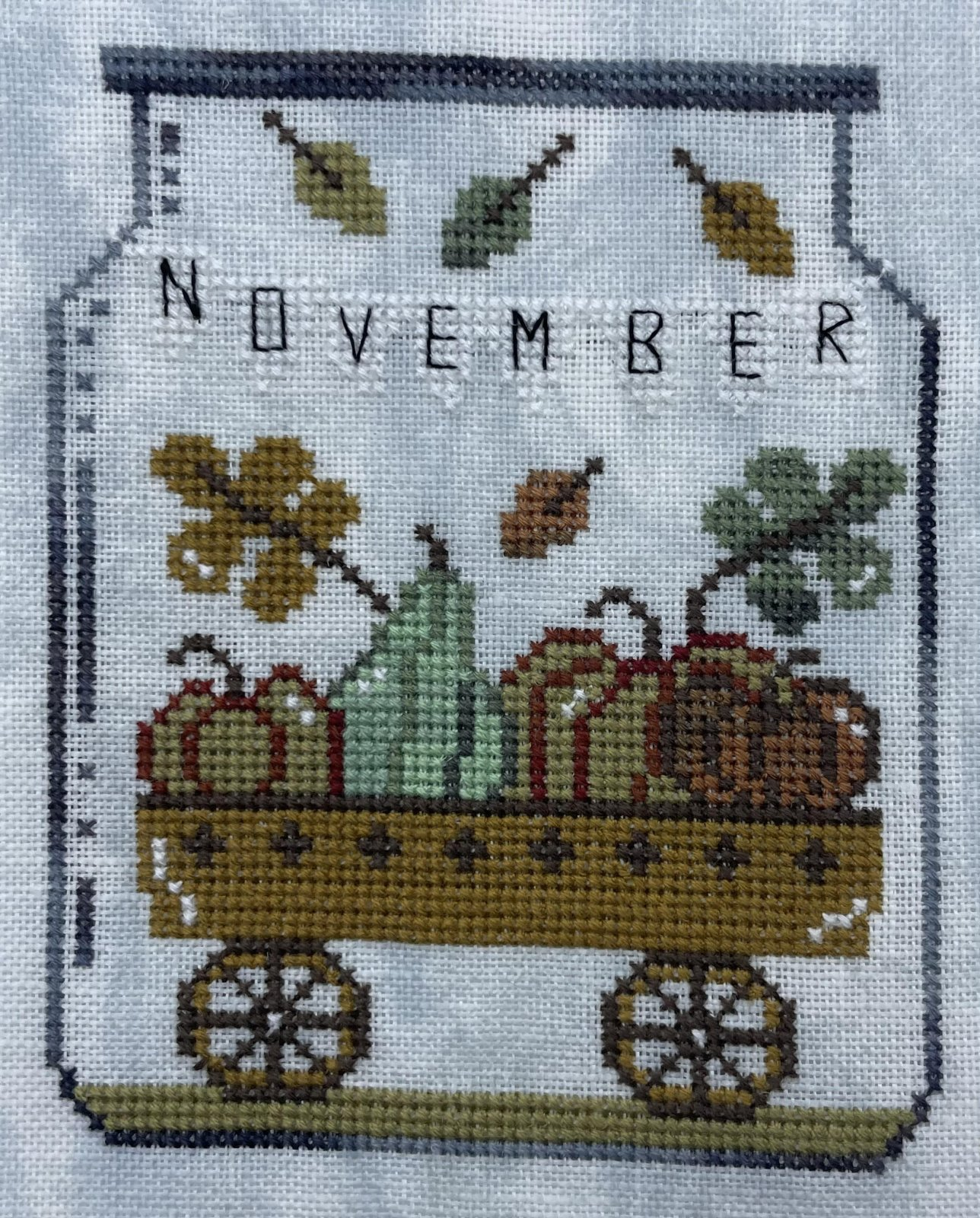 Thread pack for November in a Jar - Romy's Creations